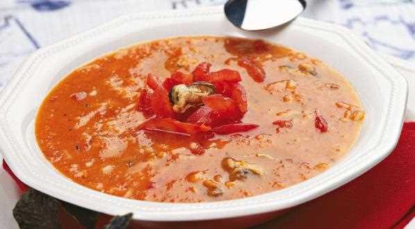 Томатный суп с мидиями и рисом рецепт