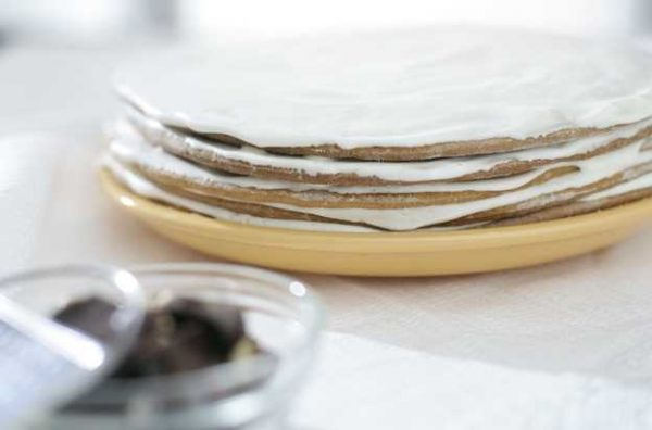 Tort medovyi smetannik2