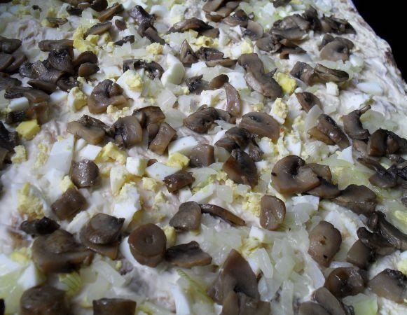 рулетики из лаваша с грибами