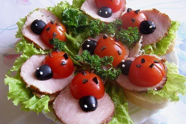 Бутерброды «Божьи коровки»