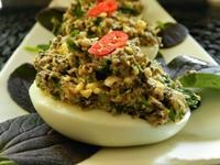 Яйца фаршированные грибами 1