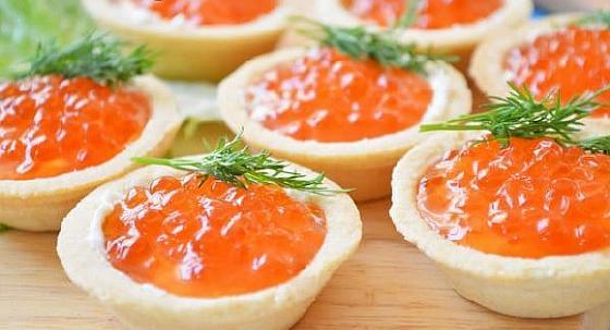 Tartaletki s krasnoi ikroi1