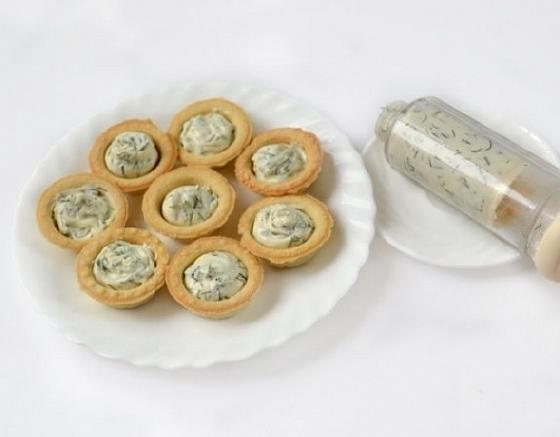 Tartaletki s semgoi i syrom (3)