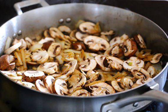 свинина по строгановски с грибами рецепт с фото