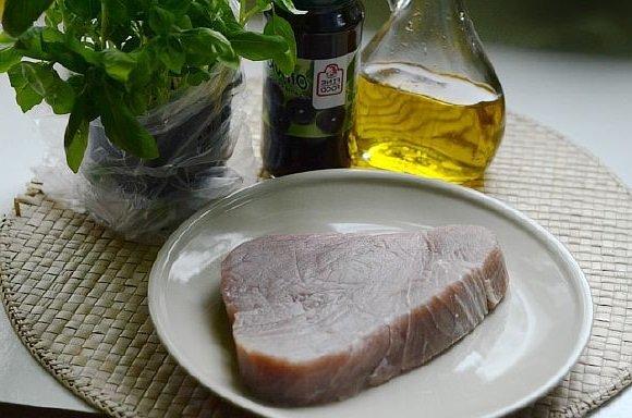 Steik iz tunca na grile (4)