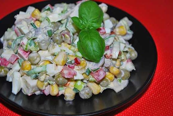 Salat s krabovymi palochkami  (4)