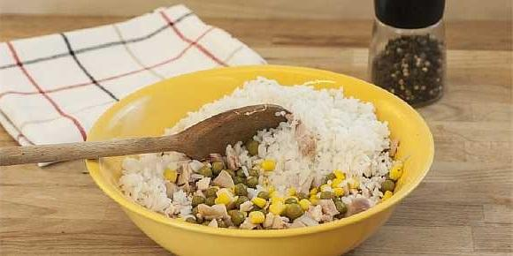 Salat s kuricei i risom (4)