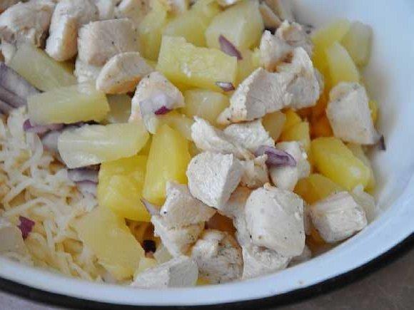 Salat s kuricei i seldereem (7)