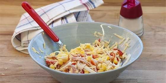 Salat s vetchinoi i kukuruzoi (3)