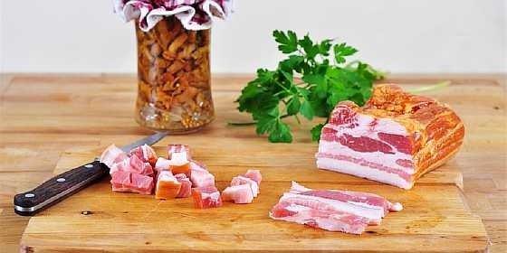 salat s marinovannymi gribami (1)