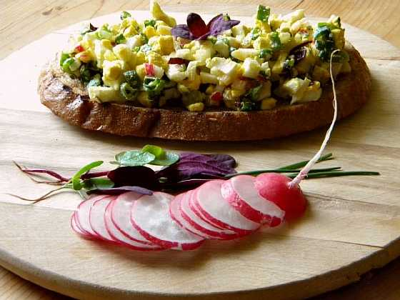 salat s zelenyu i jicom (2)