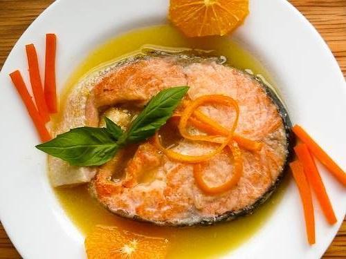 Лосось с апельсиновым соусом