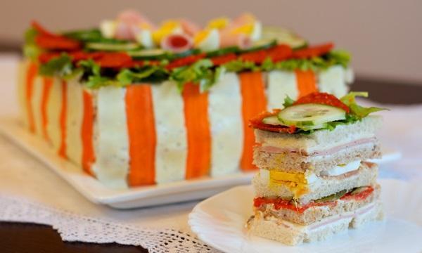tort-sendvich