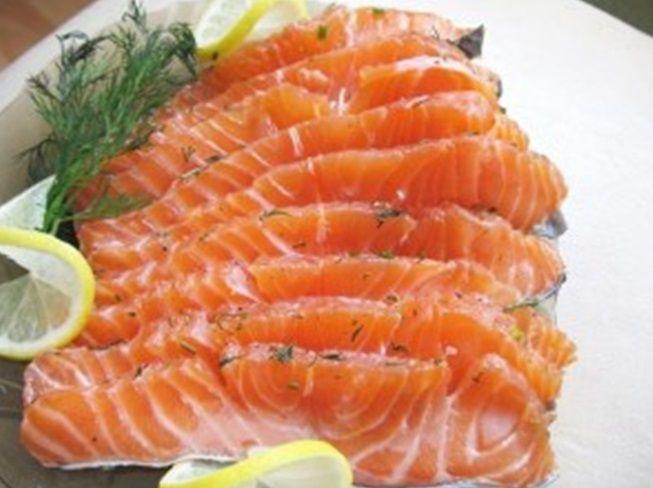 Малосольная рыба по быстрому рецепту