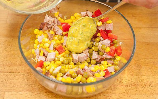 Салат из копченой курицы рецепт с фото