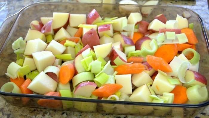 курица с овощами в духовке рецепт с фото